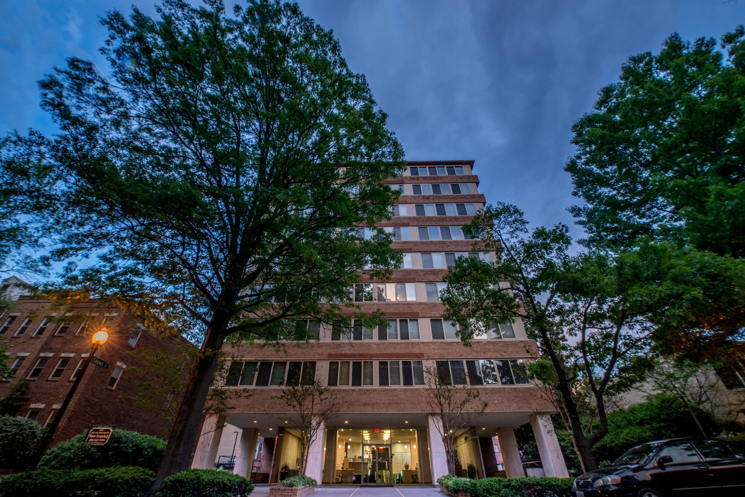 925 25th Street Apartments In Foggy Bottom