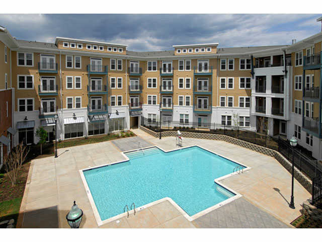 Camden Monument Place Apartments