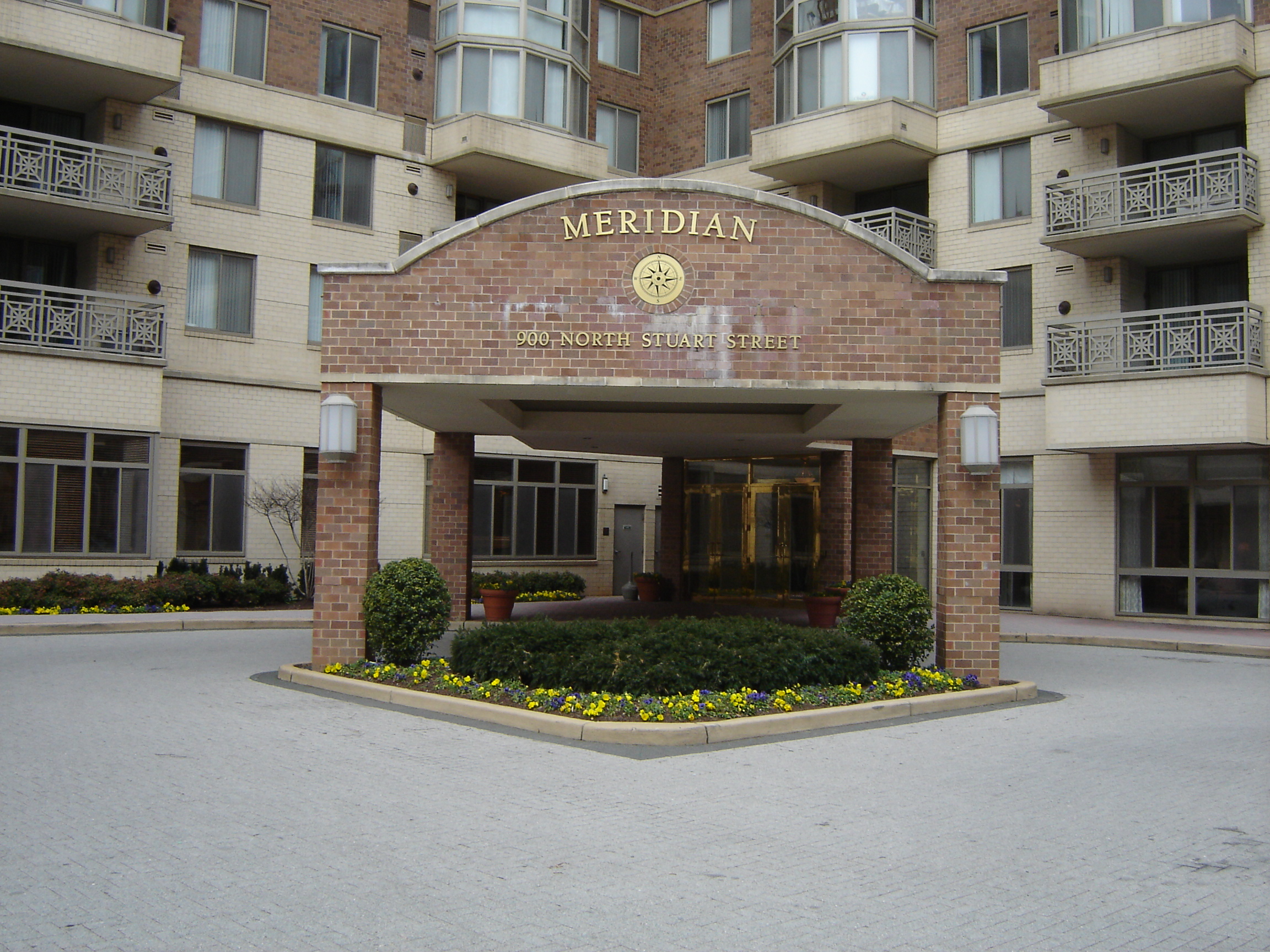 Meridian At Ballston Commons Apartments In Ballston